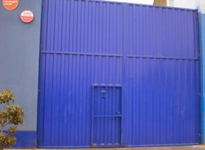Portón, Puerta Corrediza, Batiente para Fabrica, Almacen, Planta en Lima